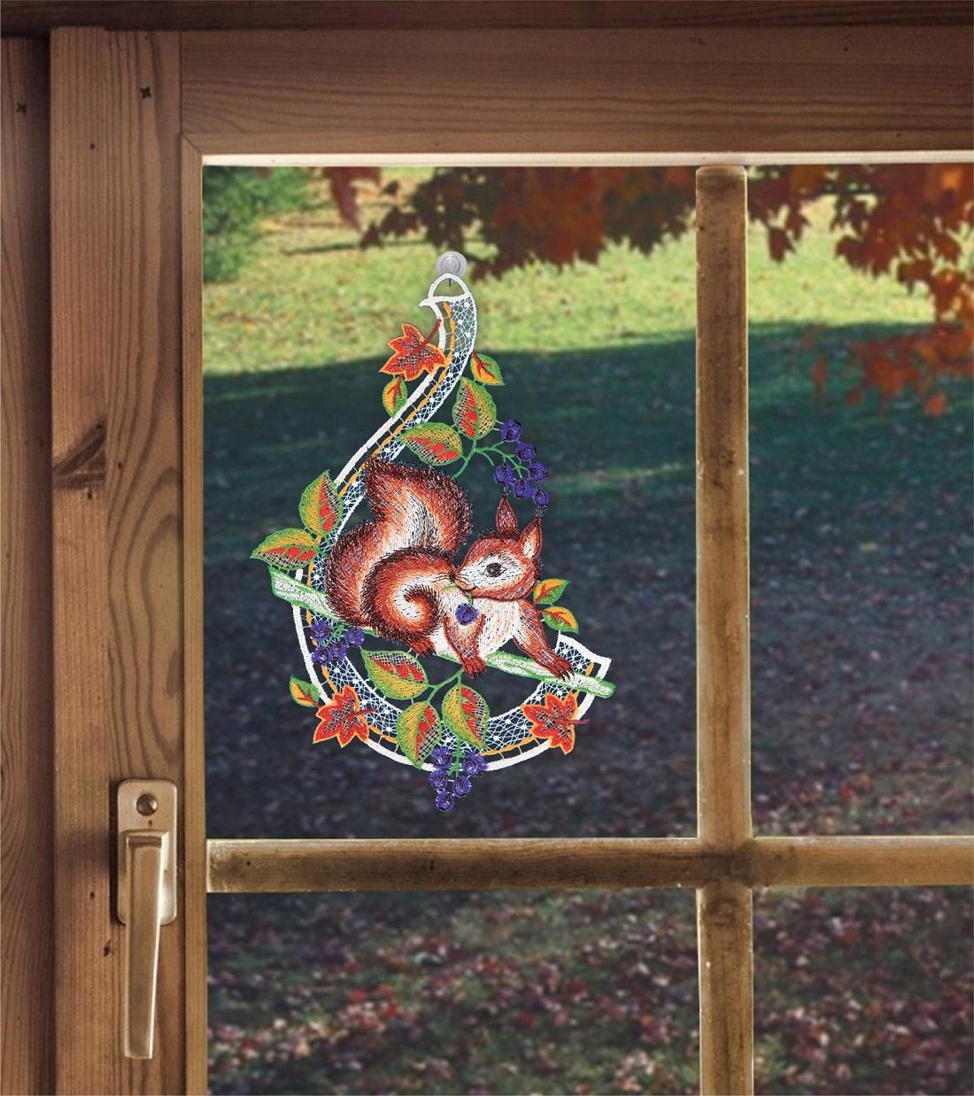 Saughaken Fensterbild Eichhörnchen aus Plauener Spitze Herbstdeko inkl